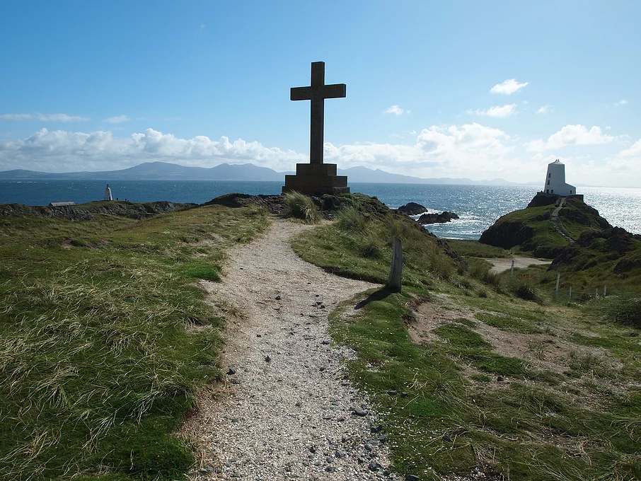 A view of Ynys Llanddwyn, Anglesey as part of Green Lane Bike Tours Guided Bike Tour